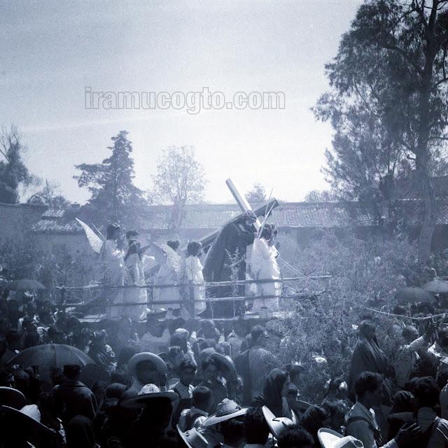 Así se celebraba la Semana Santa en Irámuco en 1951