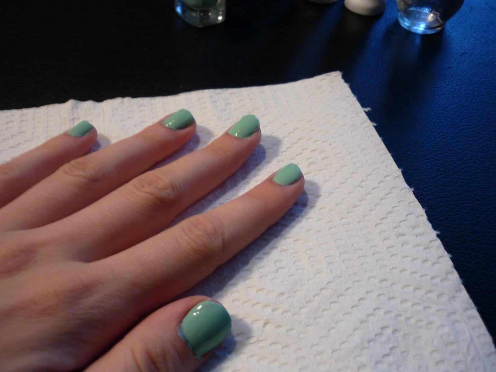 It\'s a girl thing: Adorable, quick and easy step by step Nail design ...