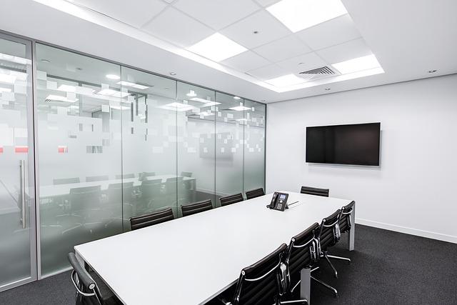 Ruang Rapat Modern Putih Minimalis