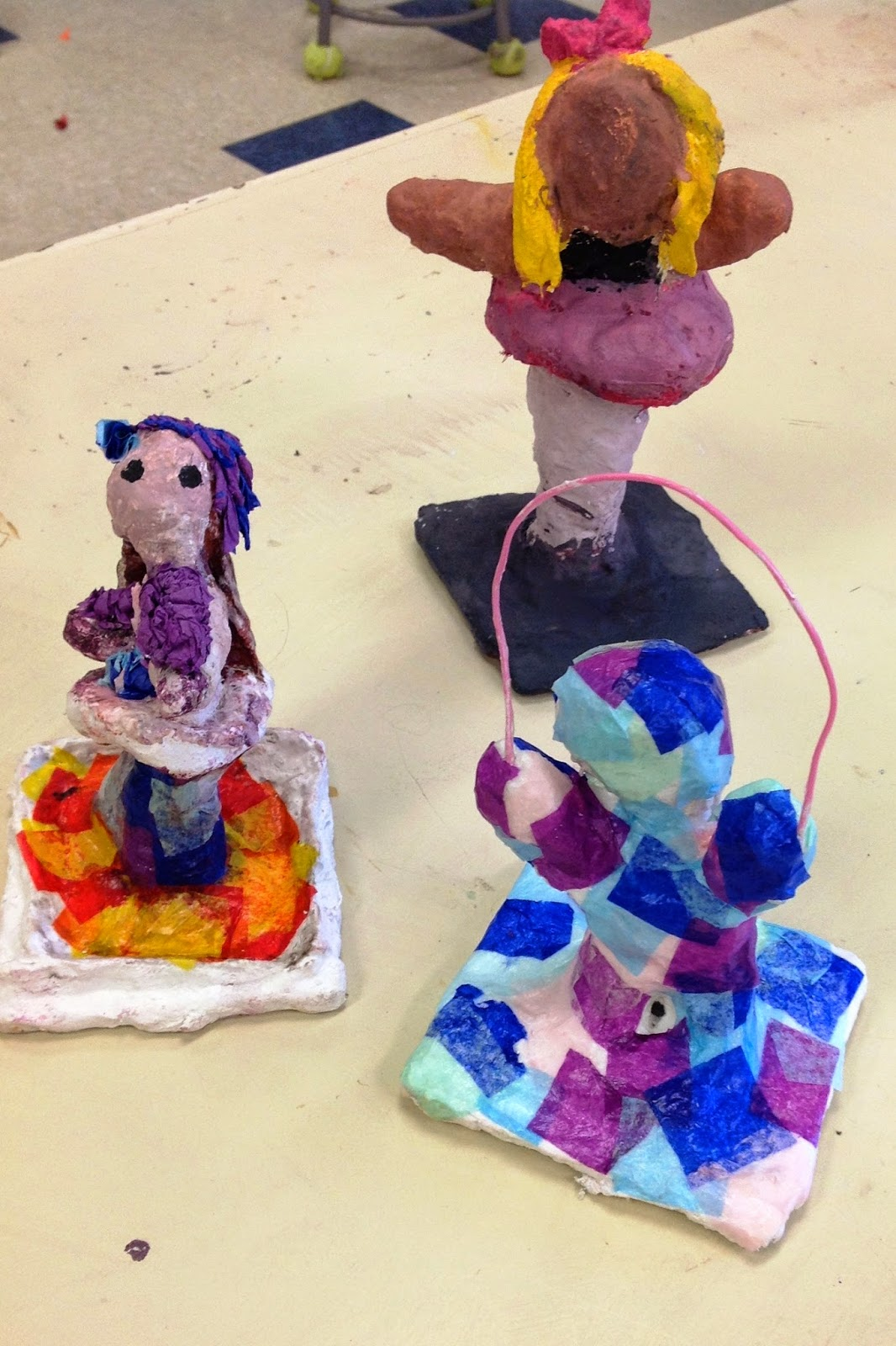 Fourth Grade Wire - Foil - Plaster Gestural Sculpture Art Lesson