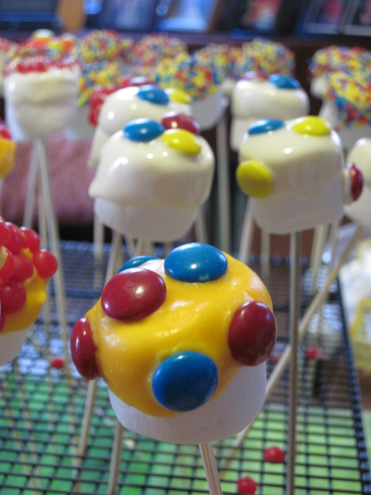 How Do You Store Finished Cake Pops