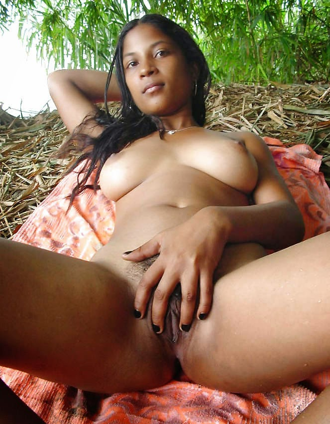 Indian poor naked ledy photo