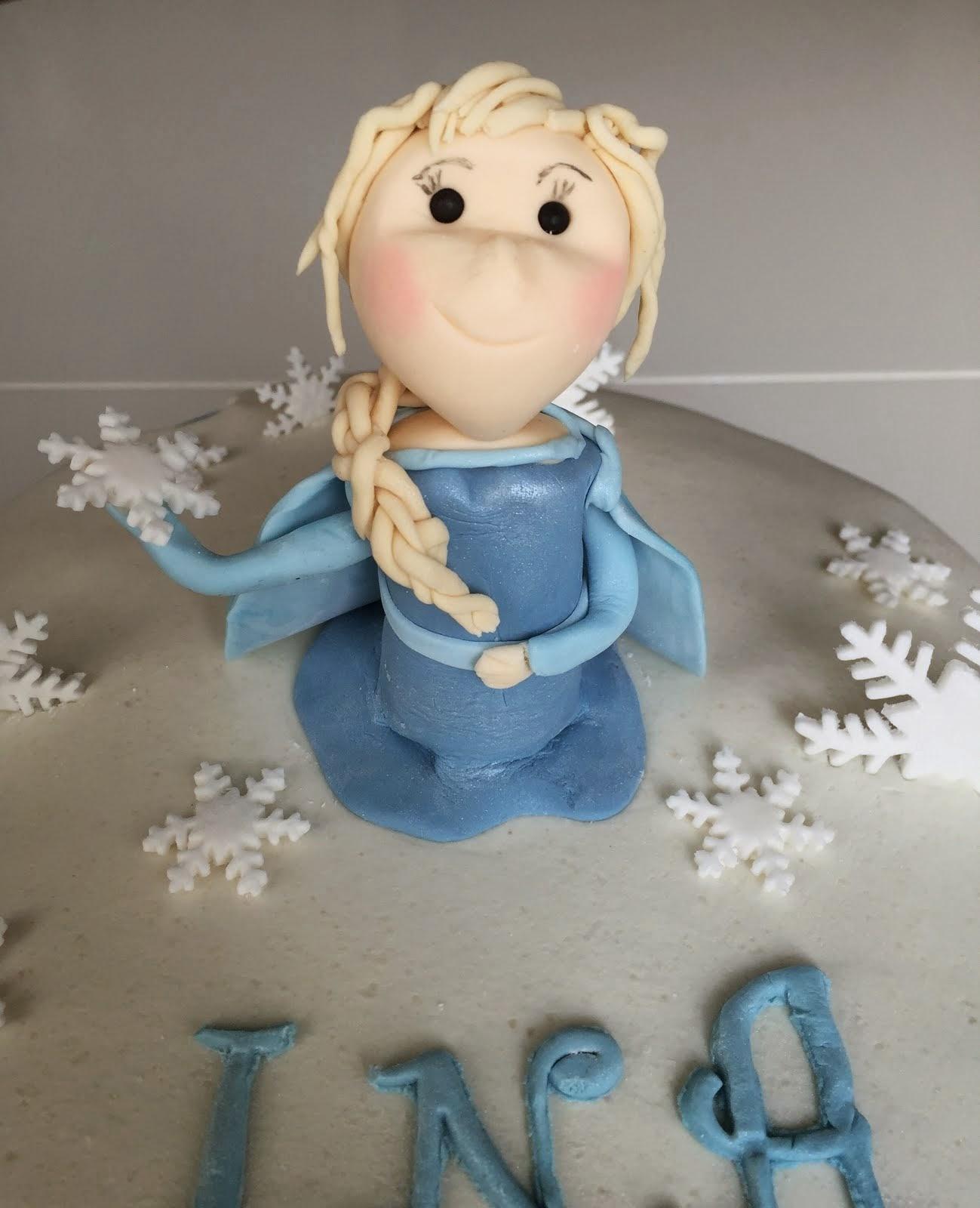 Frosttårta med Elsa och Olof