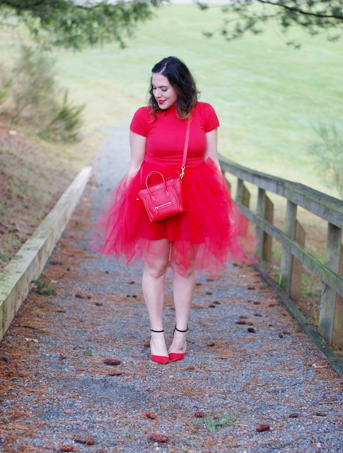 DIY red tulle no-sew skirt
