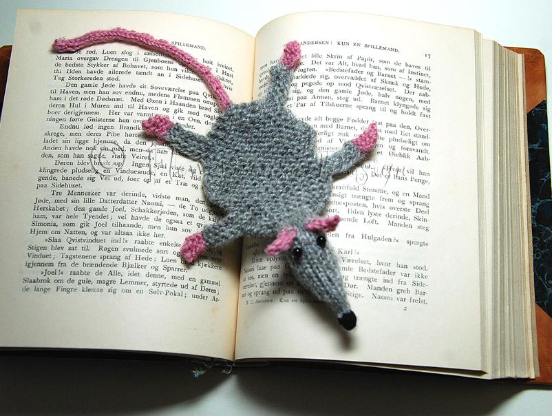 Flowermouse Design: The Rat That Lie Flat