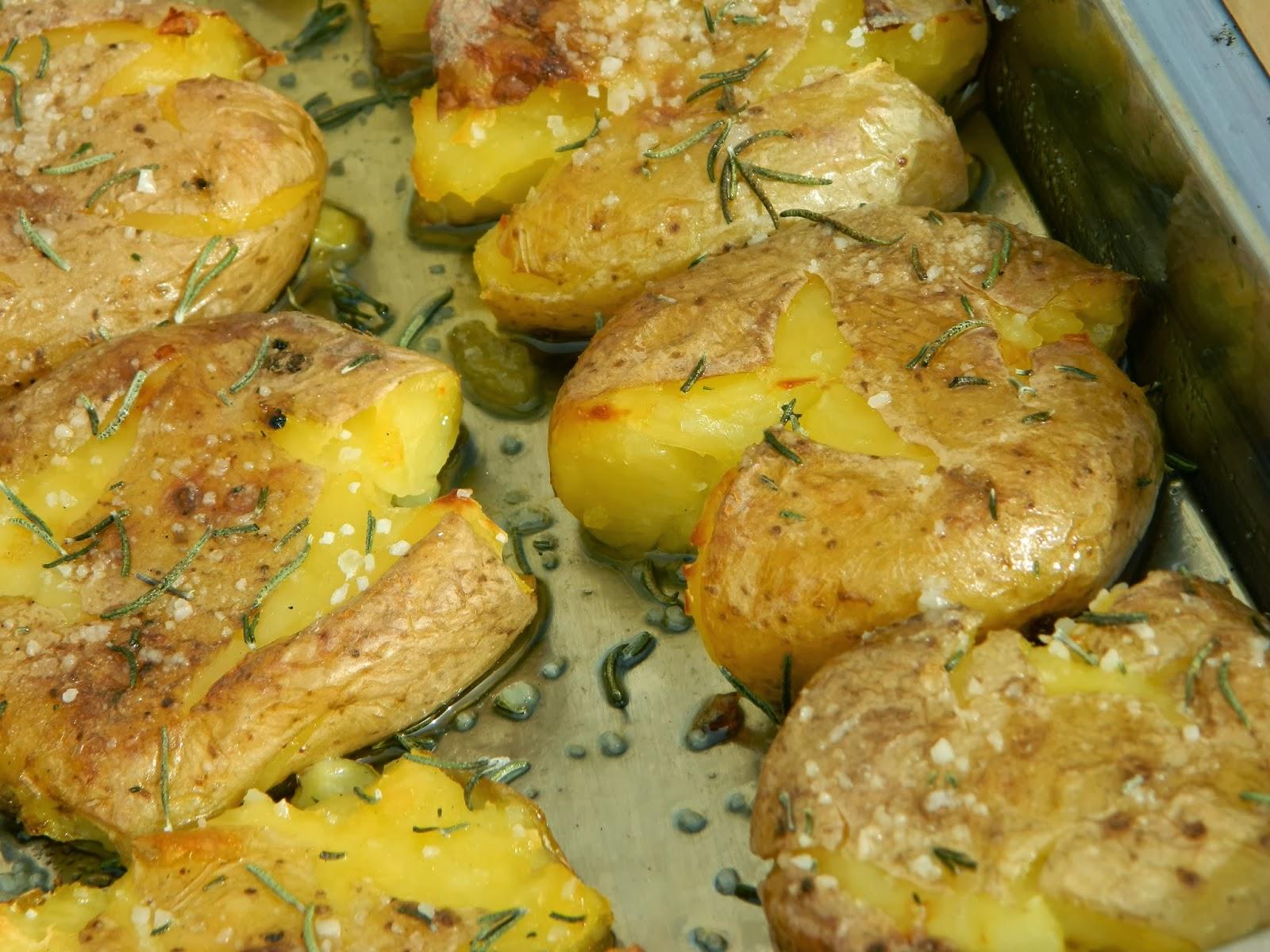 Patatas al horno una guarnici n diferente - Patatas pequenas al horno ...