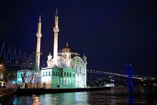 أهم الأماكن السياحية في اسطنبول مع الصور b0ab72cc1f642a25d70d