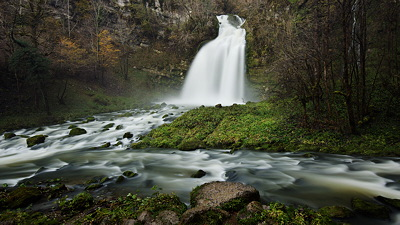 Image of a waterfall after the rain on Flumen river