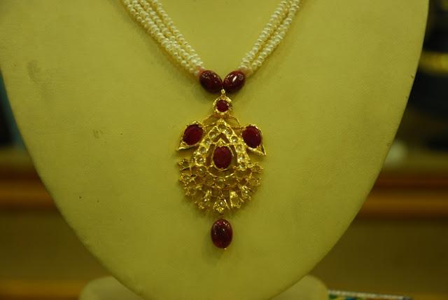 Jugni Necklace