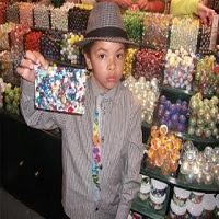 Menino De 8 Anos Fica Milionário Vendendo Bolinhas De Gude