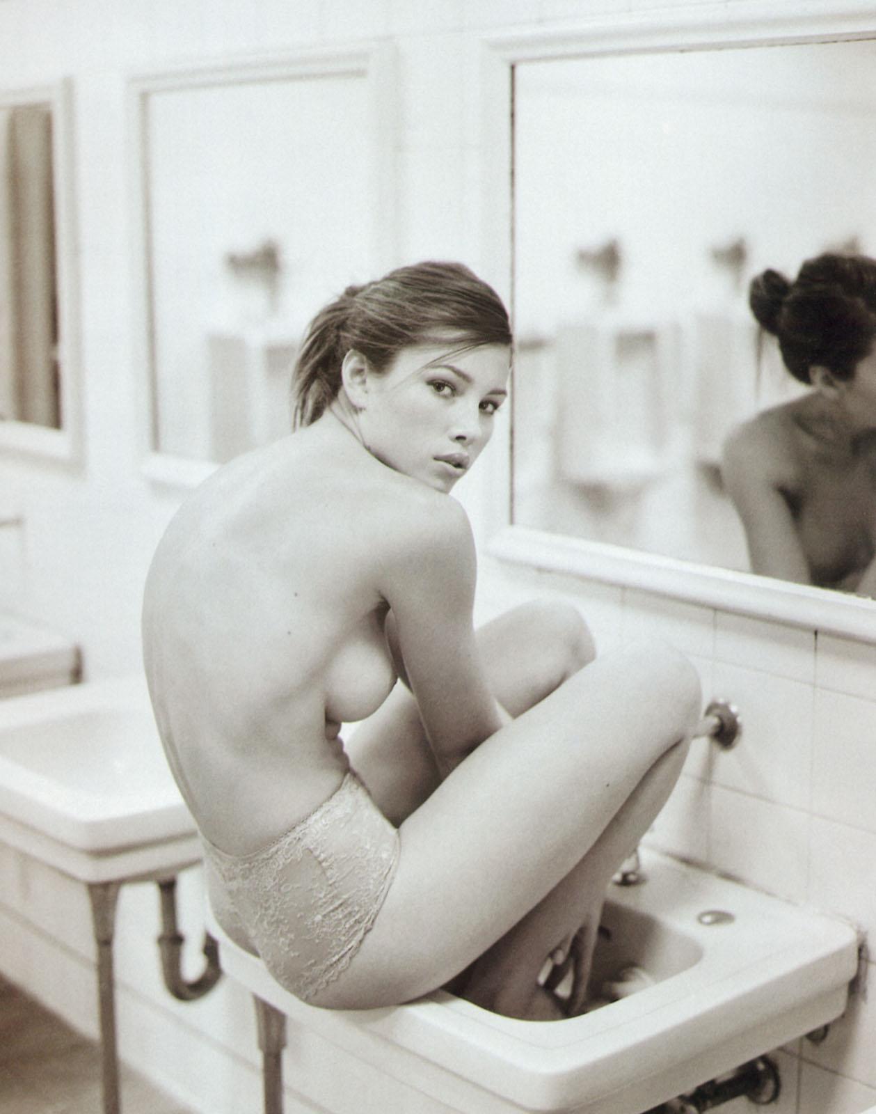 alison dunbar nude pics