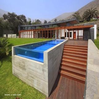 Moderna casa de campo en Lima Perú