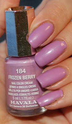 naglar, nails, nagellack, nail polish, mavala, frozen berry