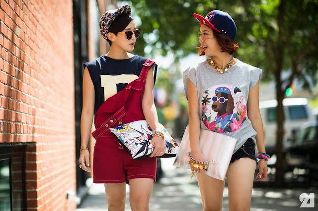 """A gente sabe que para se vestir bem não precisa ter exatamente """"dinheiro"""", mas sim saber se vestir, e para isso não precisa seguir moda para estar na moda! Só precisa ter estilo. """"Por que moda é oferta, estilo é escolha, Glória kalil"""". Como assim escolha? É isso mesmo. Ao Invés de você se inspirar na moda das passarelas, novelas, vitrines e etc... Por que não procurar dentro de você (ou do seu guarda roupa)o que te remete à moda e como usar isso ao seu favor. Daí vem o estilo, sua maneira de se expressar e ficar satisfeita com o que realmente te deixa confortável."""