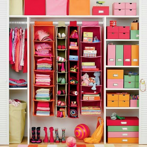 http://www.cleanandscentsible.com/2013/08/organizing-kids-rooms-august-household.html
