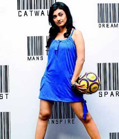Ragini Khanna Hot Look