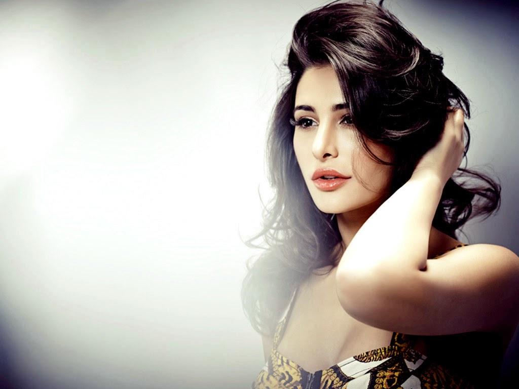 Nargis Fakhri HD Wallpaper