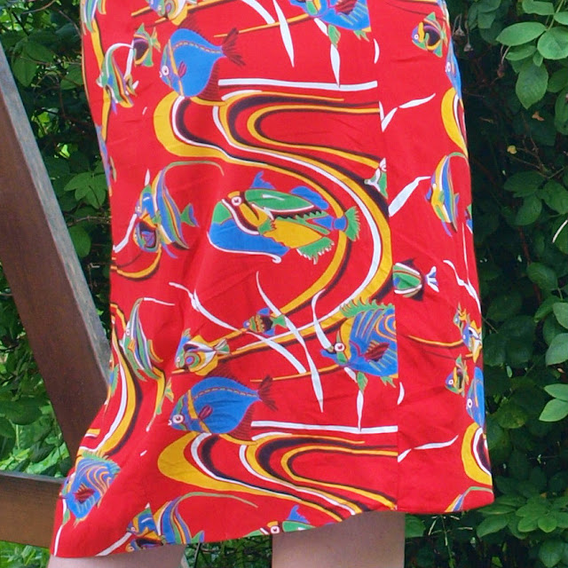 1950's 1940's rayon tropical red