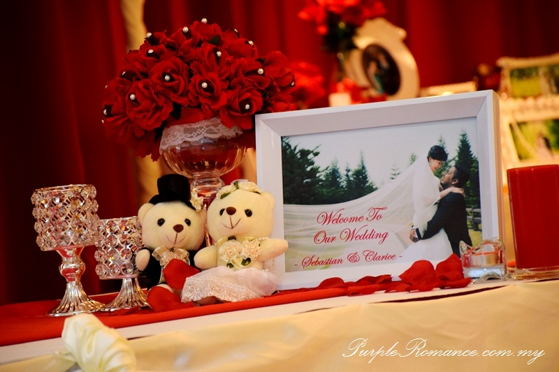 Wedding decoration at bukit mewah club kajang maroon ivory theme reception table decoration junglespirit Image collections
