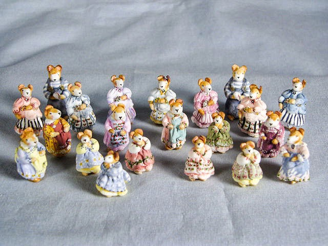 Good Sam Showcase Of Miniatures Qtr Scale Kits Furnishings Amp Mice People By Sue Herber