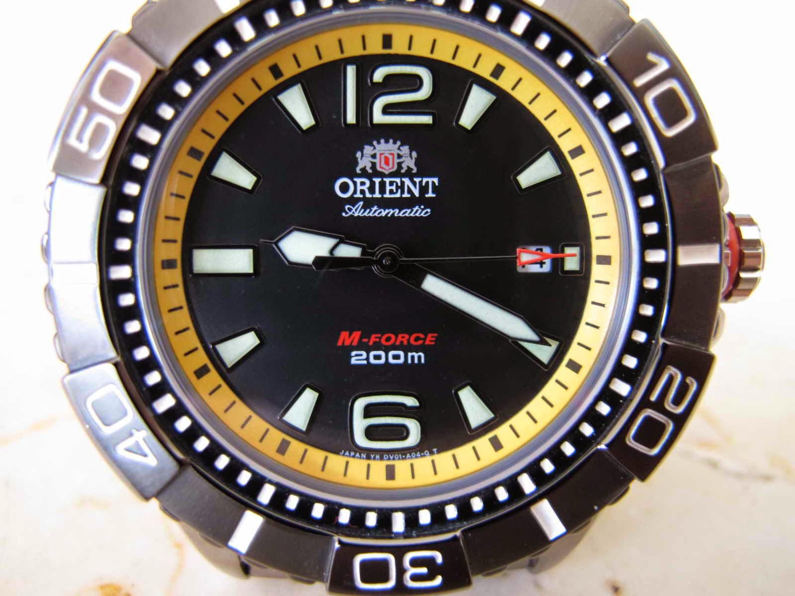 Lengkap dengan box ORIENT M FORCE Cocok untuk Anda yang sedang mencari jam tangan berbahan case TITANIUM Diver Japan made Kualitas bagus