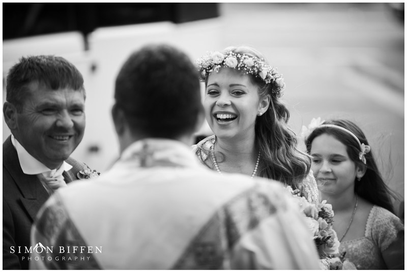 Brides arrival at church