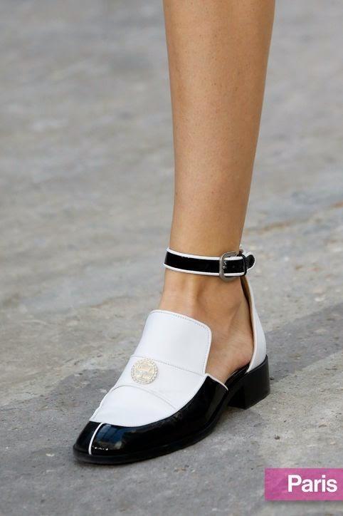 Tendências moda primavera-verão 2015 sapatos com atilhos e aplicações