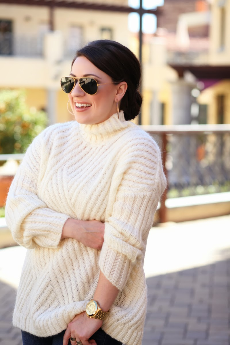 ray-ban-gold-aviators-white-oversized-sweater-michael-kors-watch-king-and-kind-fashion-blogger