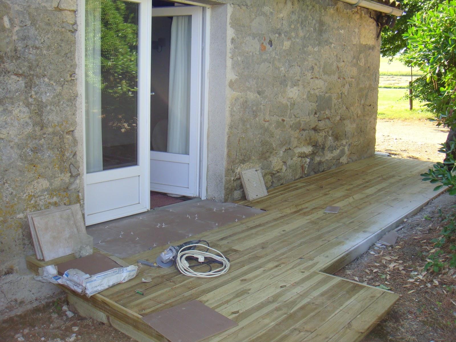 le journal de cocotte d couvrez le blog de las bouzigues la terrasse devant la chambre pin. Black Bedroom Furniture Sets. Home Design Ideas