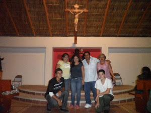 QUINCEAÑERAS, PAPAS, PADRINOS  Y CHAMBELANES