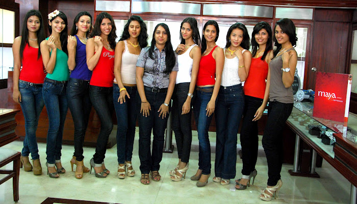 femina miss india finalist at maya store