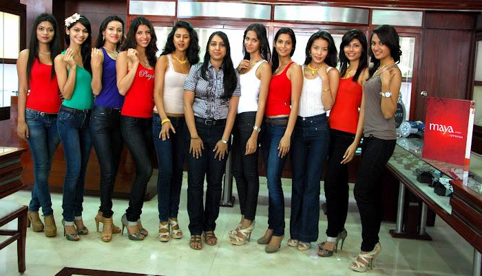 femina miss india finalist at maya store