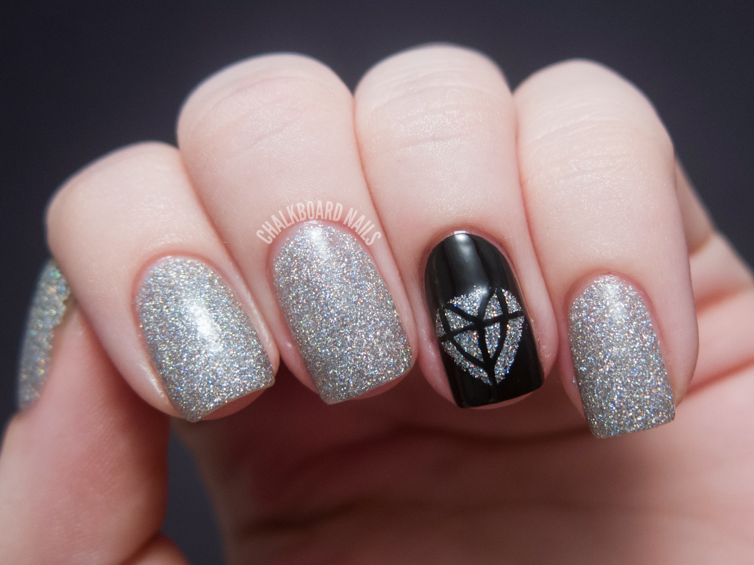31DC2012: Day 22, Inspired by a Song | Chalkboard Nails | Nail Art Blog
