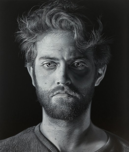 11-Charlie-Bierk-Black-and-White-Photo-Realistic-Paintings-www-designstack-co