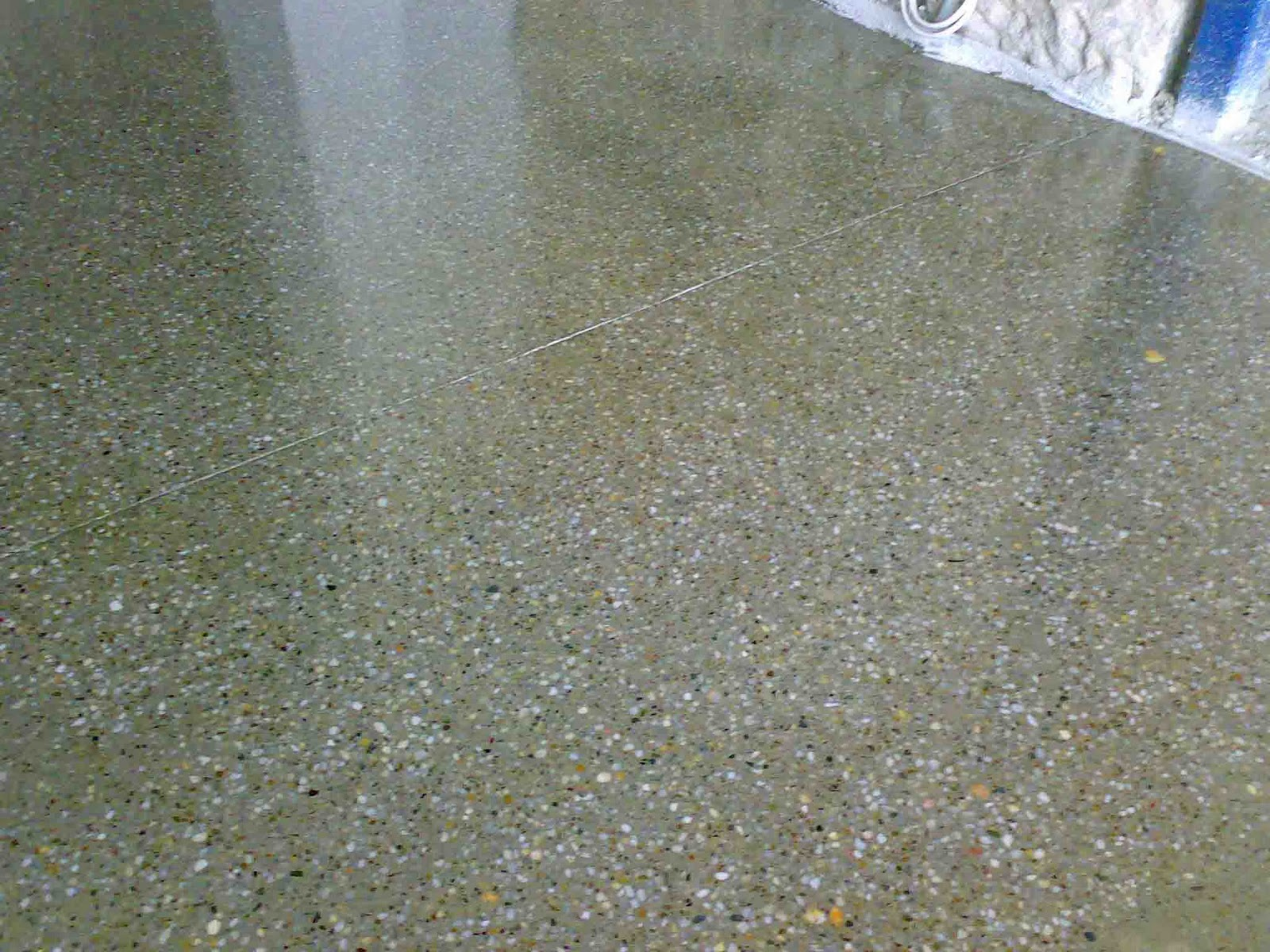 Interior design 3311 december 2011 for Bleach on concrete floor