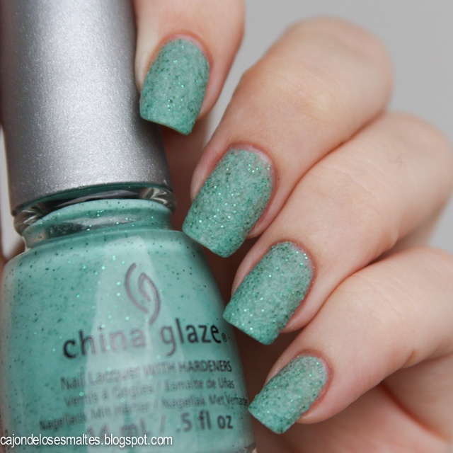 China Glaze - Sea Goddess - Teal the tide turns