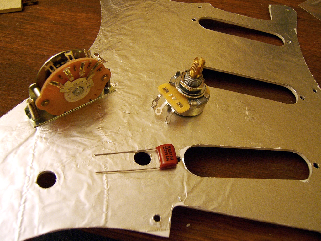 Joe Giampaoli Shielding A Strat Guitar To Eliminate Hum And Emi Noise Wiring Diagram Applies For Humbucker Pickup Oh Yes Is