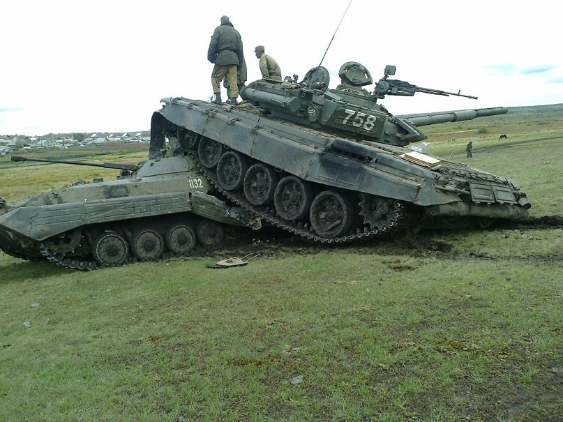 Oops Sorry Didn T See You Russian T 72 Tank Cruhes Bmp 2