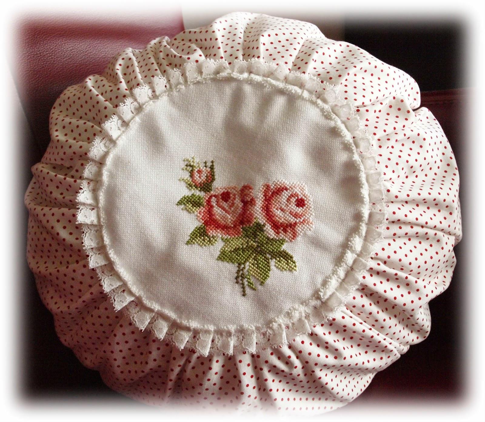 rozen kussen wit