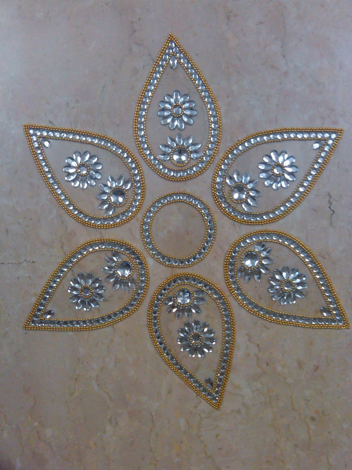 Ranjana arts www ranjanaarts com rangoli new rangoli for Floor rangoli design