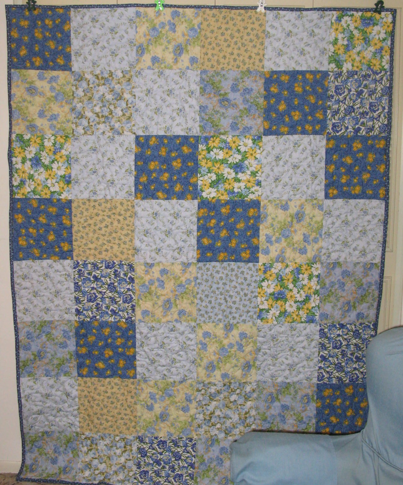 Life is like a patchwork quilt: Blue and Yellow Happiness for a ... : blue and yellow quilt - Adamdwight.com
