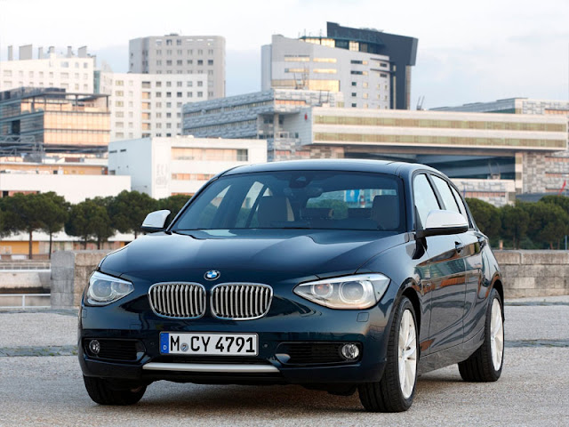 Front photo of BMW 1