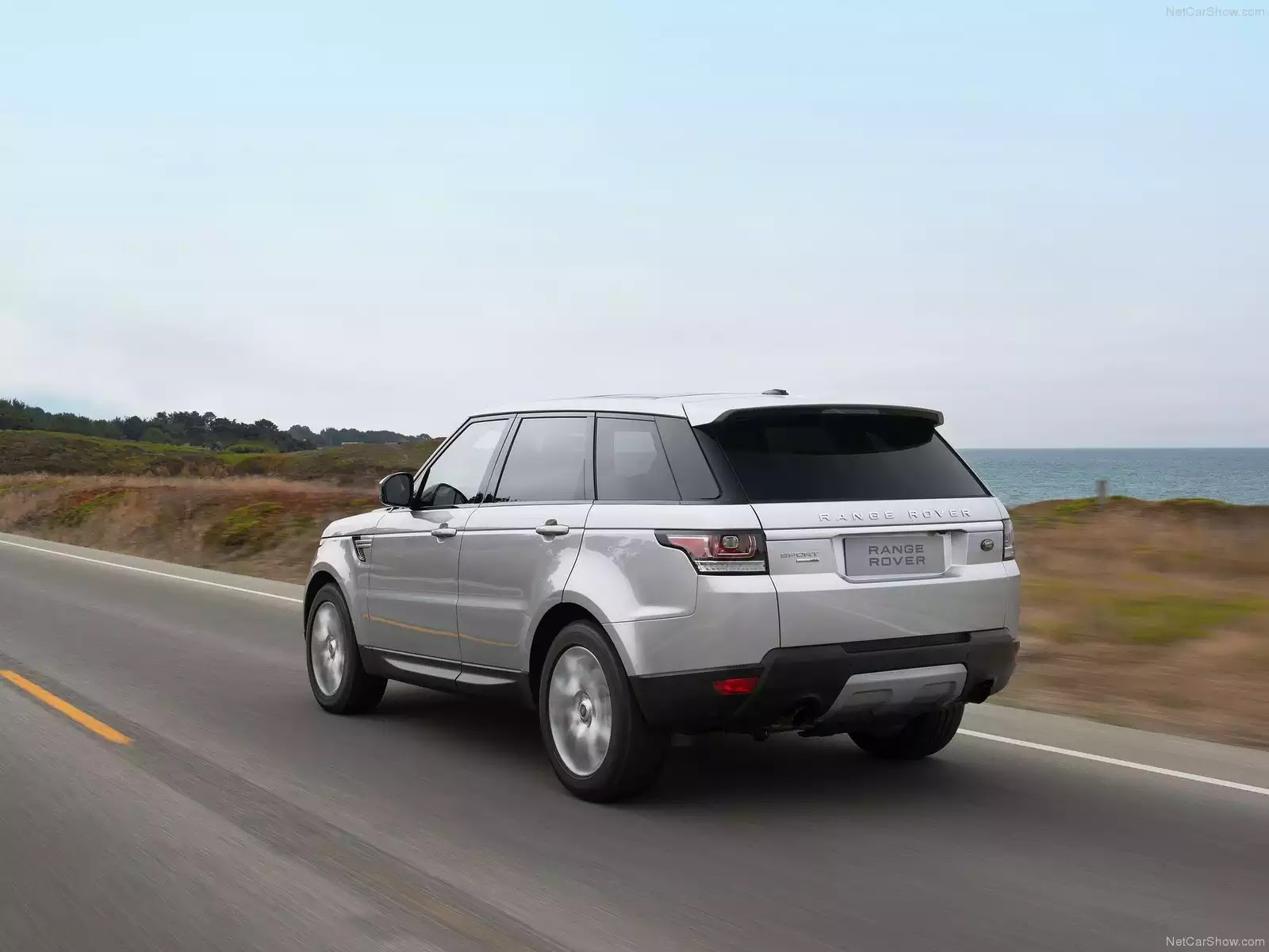 Hình ảnh xe ô tô Land Rover Range Rover Sport 2014 & nội ngoại thất