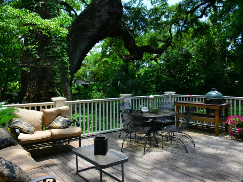 amazing outdoor deck