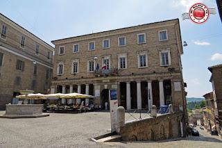 Urbino - Piazza della Repubblica