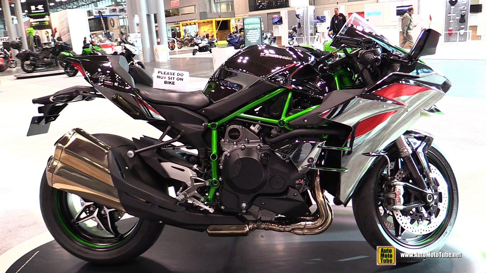 2015 Kawasaki Ninja H2 Test Review Auto Motorcycles Z1000 Lighting System Circuit A Specialist To Don Canet On The And H2r Beginning Dispatch At Losail In Qatar They Were Going For Exciting Got It