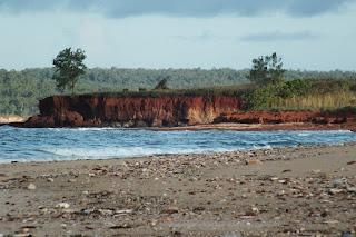 Bauxite cliff