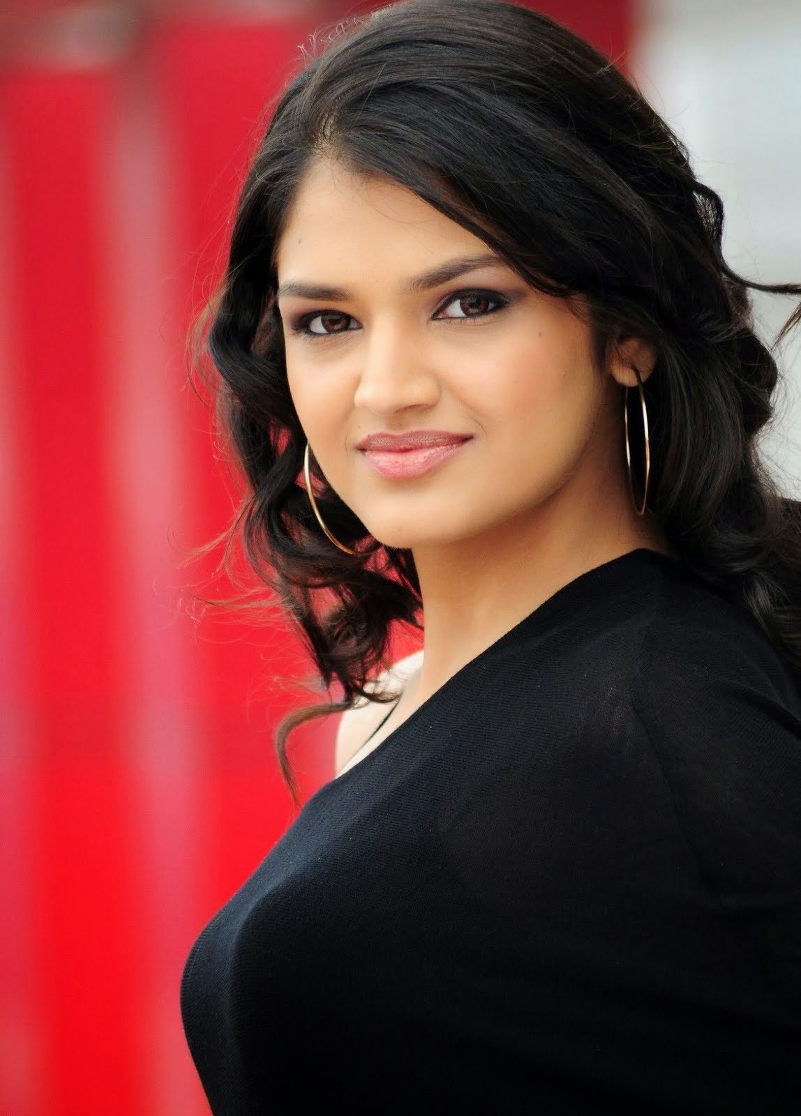 Latest Hd Mobile Wallpapers Indian Actress Tara Alisha Hd Mobile