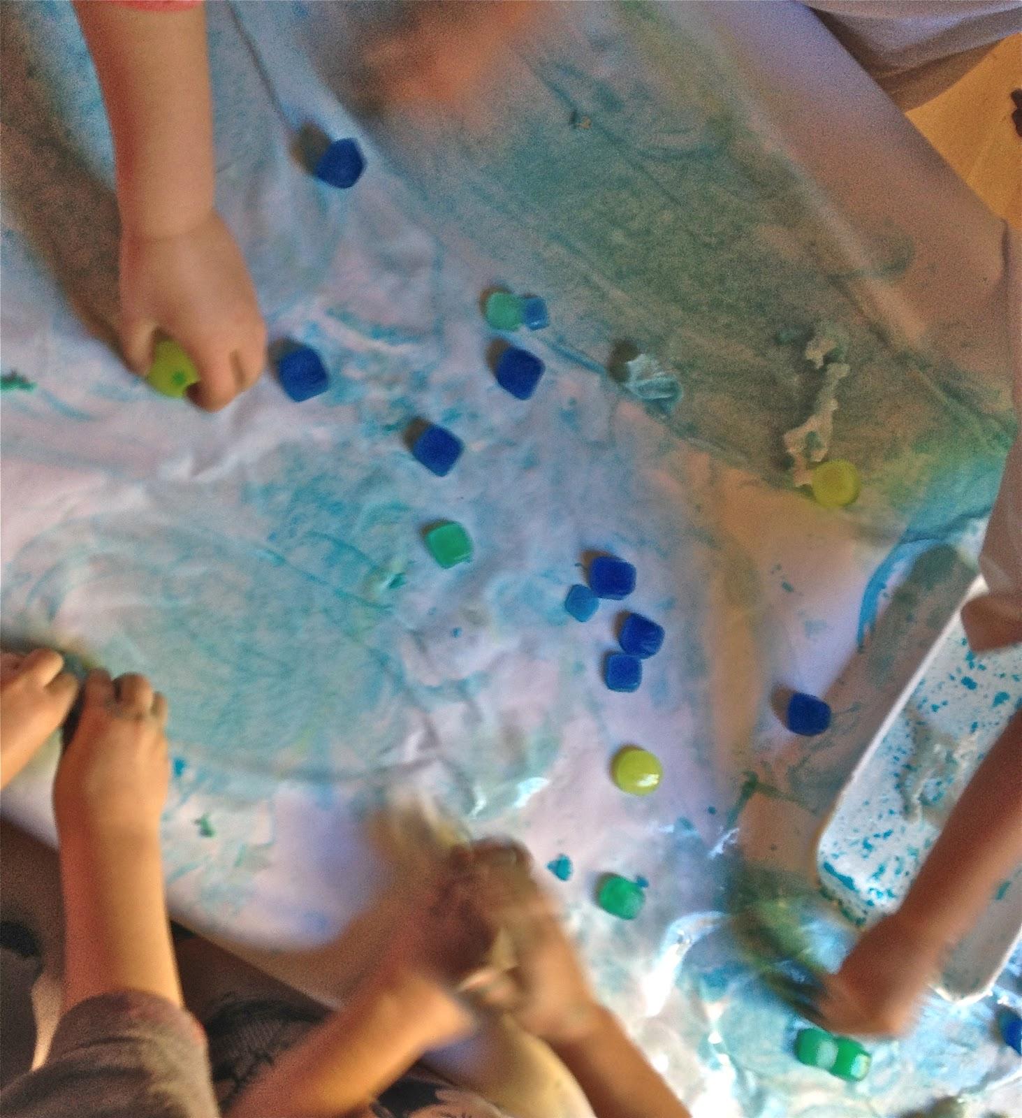 Molto Mille idee al nido: Colorare con il ghiaccio WM81
