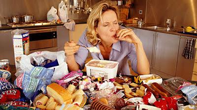 Ilustrativni foto: Emocni jezeni, zdroj: http://ikillfat.com/emotional-eating